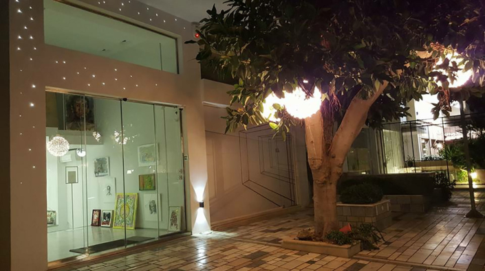 "Exterior Design ""Art-gallery"" store"
