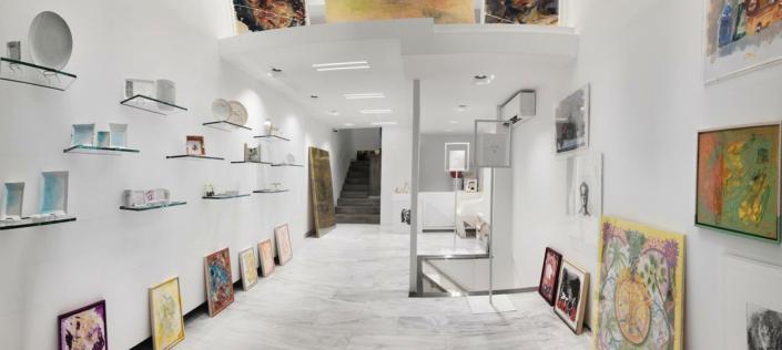 "Interior Design ""Art Gallery"" Store Light View"