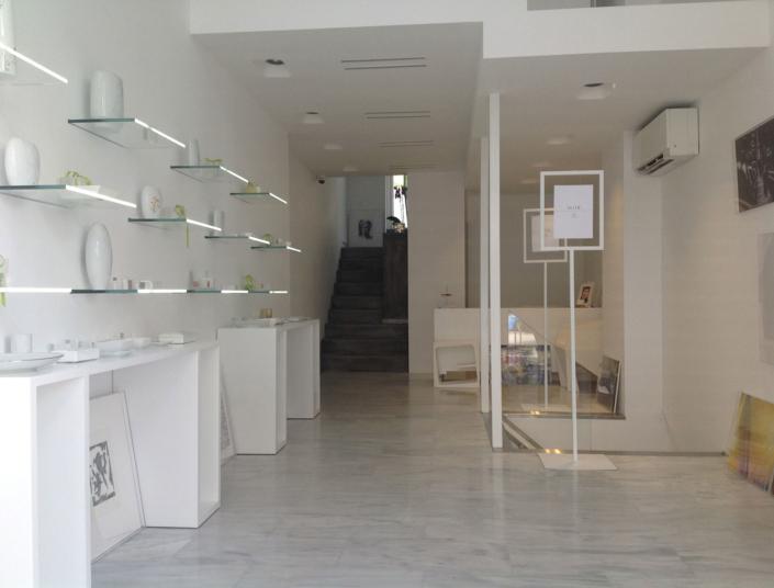 "Interior Design ""Art Gallery"" Store front view"